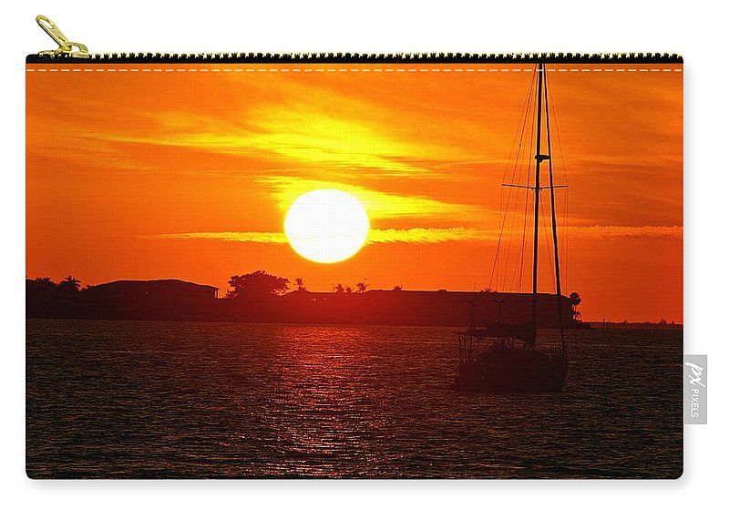 Sunset Carry-all Pouch featuring the photograph Sunset Vii by Joe Faherty
