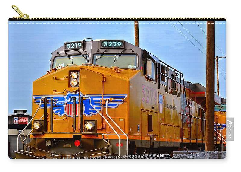 Drop Pits Carry-all Pouch featuring the photograph The 5279 To Reno by Bill Owen