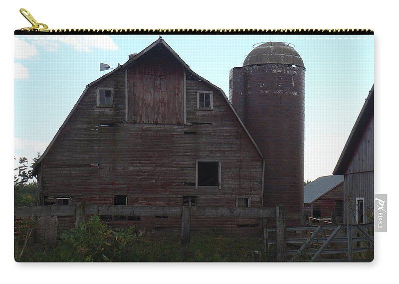 Barn Carry-all Pouch featuring the photograph The Barn II by Bonfire Photography