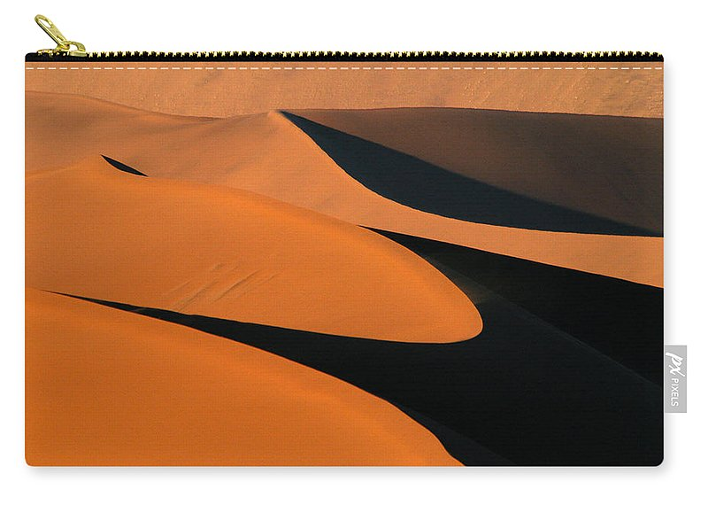 Africa Carry-all Pouch featuring the photograph The Curve by Alistair Lyne