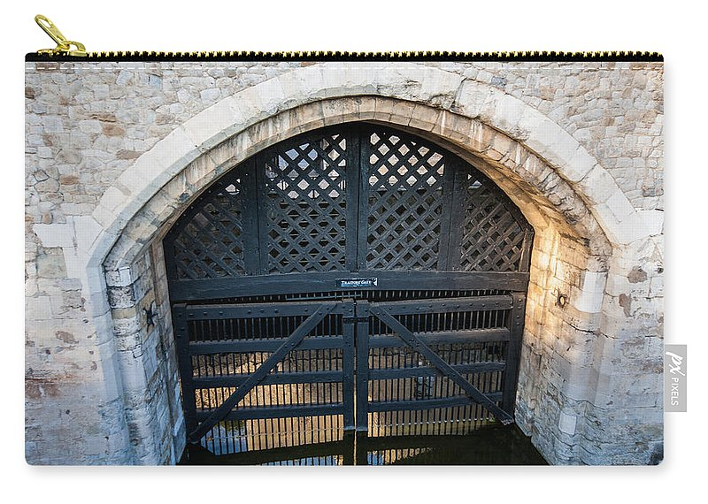 Traitors Gate Carry-all Pouch featuring the photograph Traitors Gate by Dawn OConnor