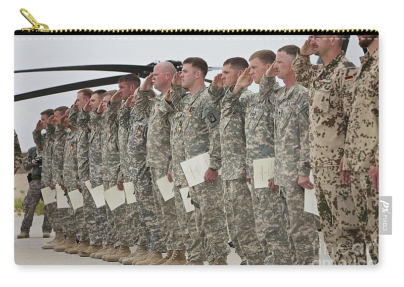 Medevac Carry-all Pouch featuring the photograph U.s. Army Soldiers And Recipients by Terry Moore