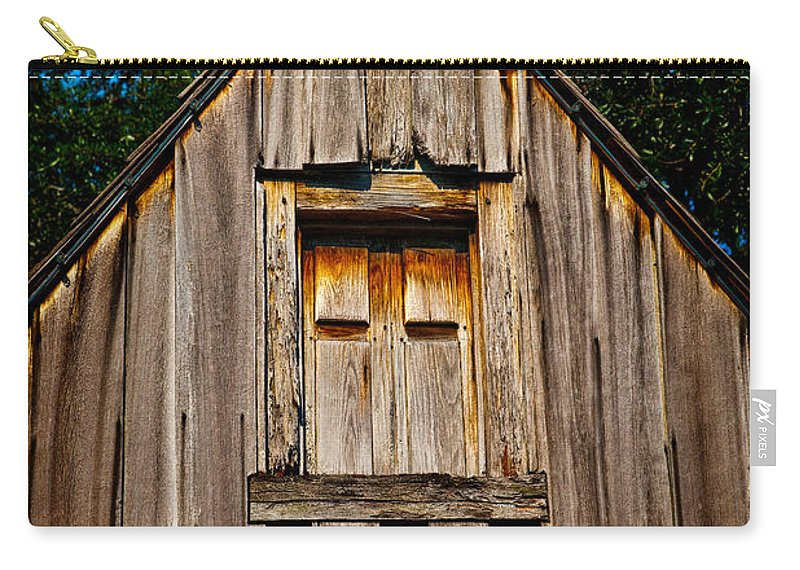 Barn Carry-all Pouch featuring the photograph Weathered Structure by Christopher Holmes