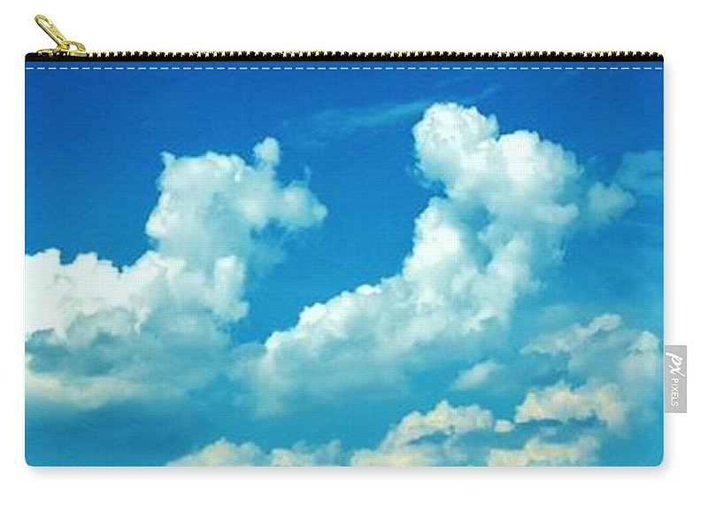 Iphone 4s Carry-all Pouch featuring the photograph 05222012107 by Debbie L Foreman