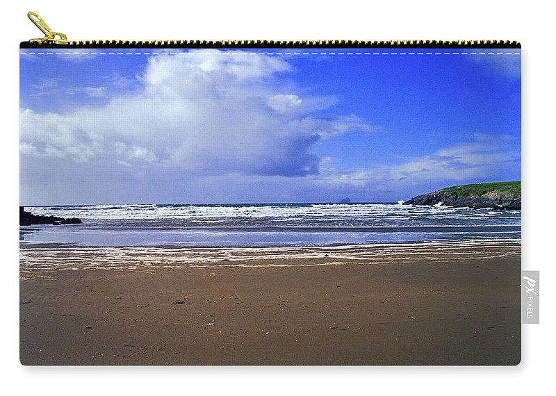 Atlantic Carry-all Pouch featuring the photograph 174-005-ireland by David Lange