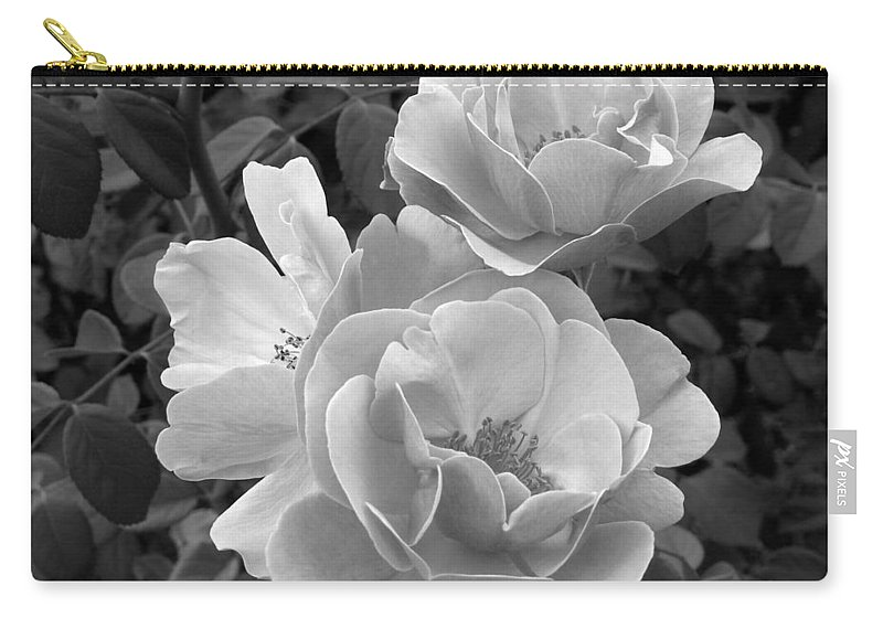 Rose Carry-all Pouch featuring the photograph Black And White Roses 2 by Amy Fose