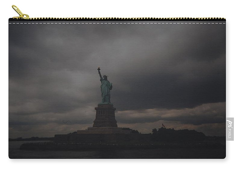 Statue Of Liberty Carry-all Pouch featuring the photograph Lady Liberty by Rob Hans