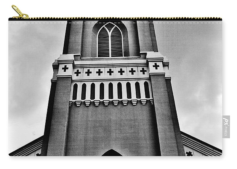 Church Carry-all Pouch featuring the photograph Looking Up by Scott Pellegrin