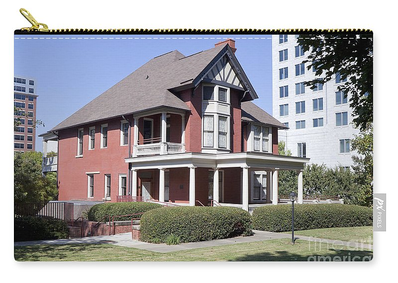 Margaret Mitchell House Carry-all Pouch featuring the photograph Margaret Mitchell House In Atlanta Georgia by Anthony Totah