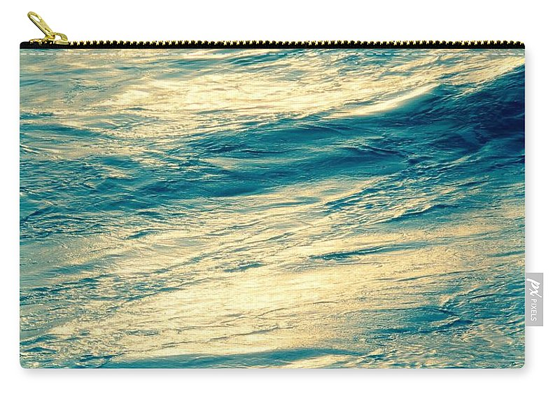Kauai Carry-all Pouch featuring the photograph Ocean Serenity by Heather Lea Poole