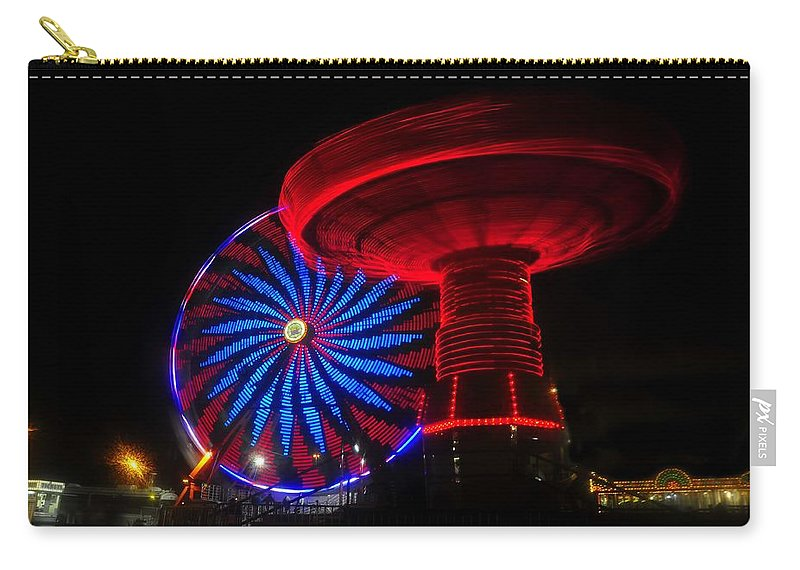 Florida State Fair Carry-all Pouch featuring the photograph Red Wheels by David Lee Thompson