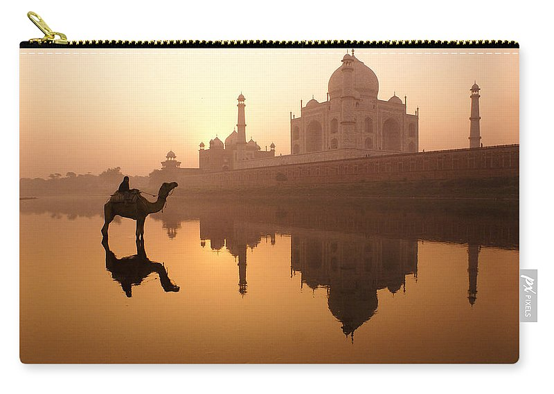 Sunrise Carry-all Pouch featuring the photograph Taj Mahal At Sunrise by Michele Burgess