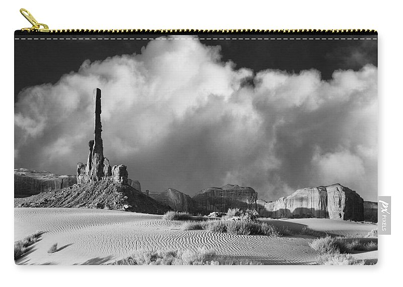 Totem Pole Carry-all Pouch featuring the photograph Totem Pole Monument Valley by Dominic Piperata