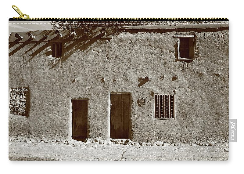 Adobe Carry-all Pouch featuring the photograph Santa Fe - Adobe Building by Frank Romeo