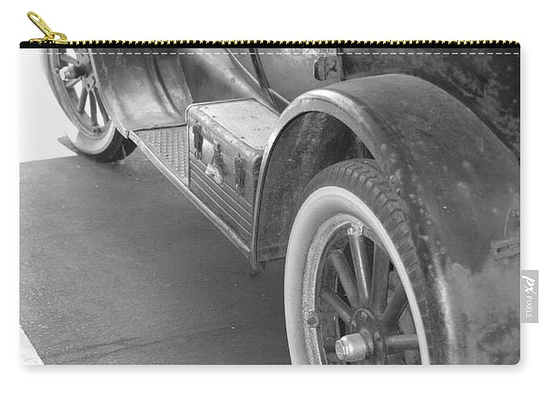 Black And White Carry-all Pouch featuring the photograph 1926 Model T Ford by Rob Hans
