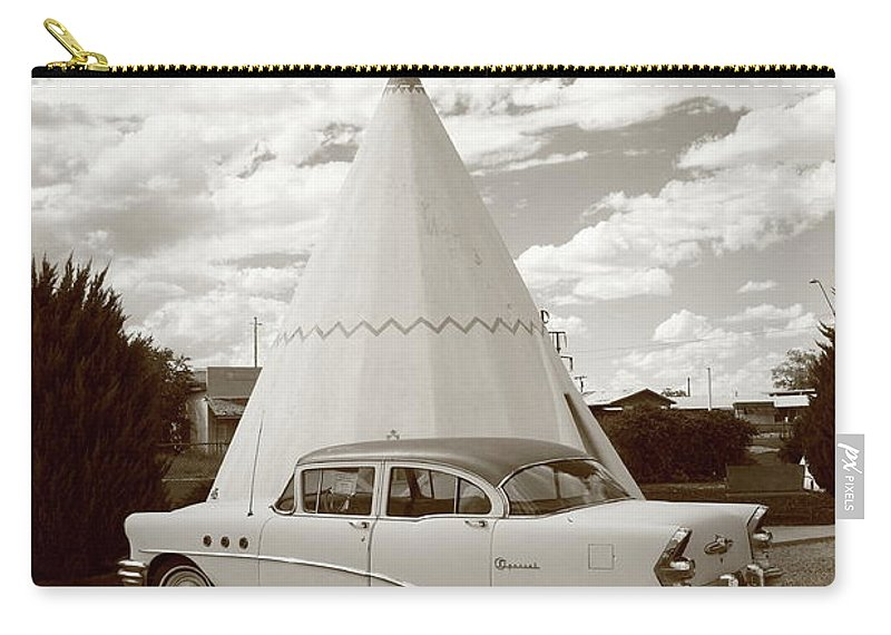 66 Carry-all Pouch featuring the photograph Route 66 - Wigwam Motel by Frank Romeo
