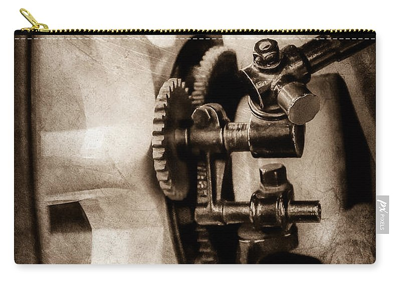 1912 Packard 30 7 Passenger Touring Wheel Carry-all Pouch featuring the photograph 1912 Packard 30 7 Passenger Touring Wheel -0026s by Jill Reger