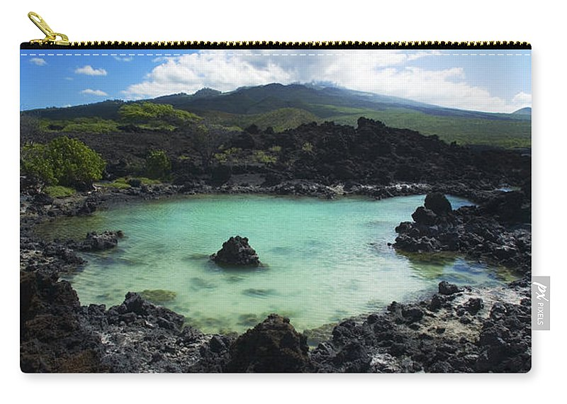 Ahihi Kinau Carry-all Pouch featuring the photograph Ahihi Kinau Natural Reserve by Ron Dahlquist - Printscapes