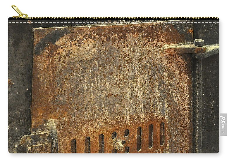 Architectural Carry-all Pouch featuring the photograph Carlton19 by Tim Nyberg