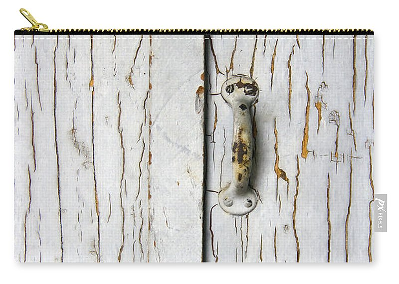 Door Carry-all Pouch featuring the photograph Cracked by Margie Hurwich