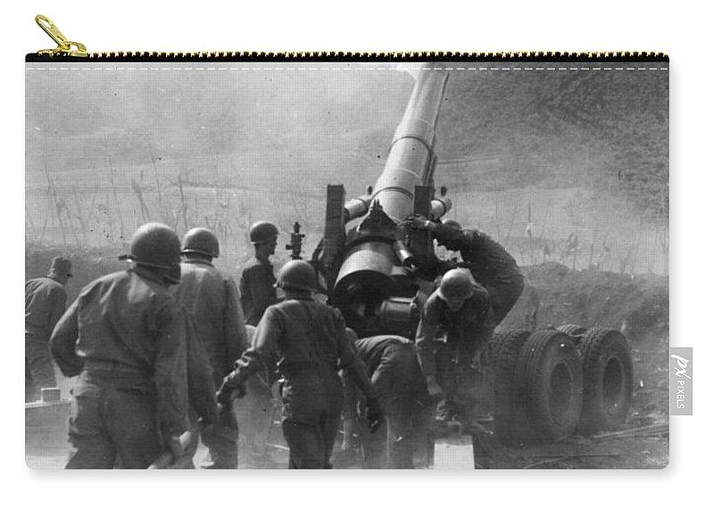 1951 Carry-all Pouch featuring the photograph Korean War: Artillery by Granger