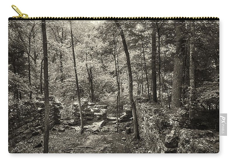 Nature Carry-all Pouch featuring the photograph Old Stone Fort by Stanton Tubb