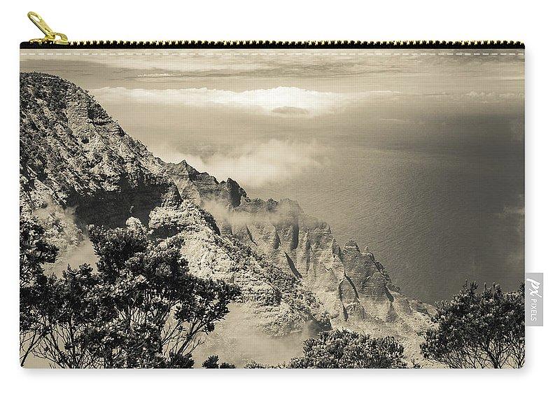 Pu'u O Kila Lookout Carry-all Pouch featuring the photograph Puu O Kila Lookout, Kauai, Hi by T Brian Jones