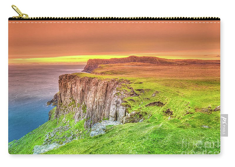 Isle Of Skye Carry-all Pouch featuring the photograph Waterstein Head Sunset by Benny Marty