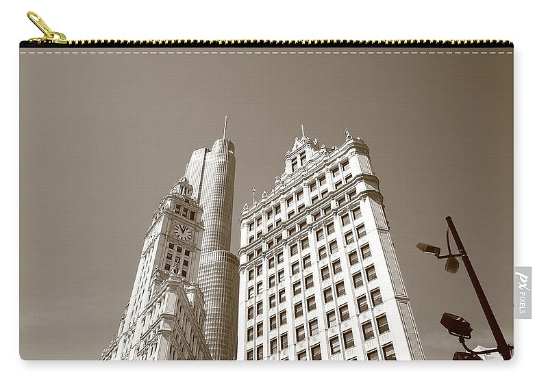 America Carry-all Pouch featuring the photograph Chicago Skyline by Frank Romeo
