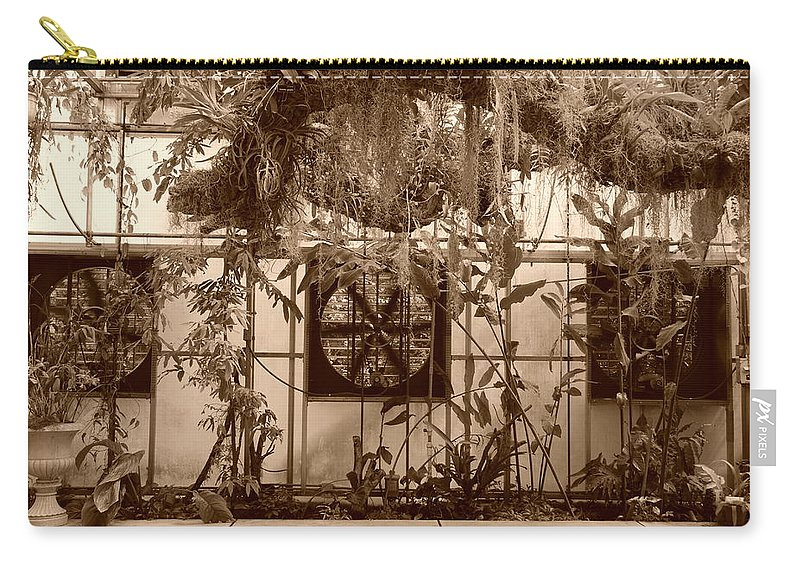 Vent Carry-all Pouch featuring the photograph 3 Fans And Vines by Rob Hans