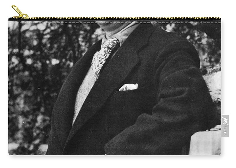 1946 Carry-all Pouch featuring the photograph Dylan Thomas (1914-1953) by Granger