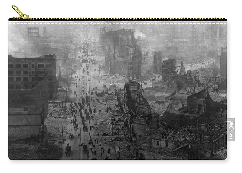 1906 Carry-all Pouch featuring the photograph San Francisco Earthquake by Granger