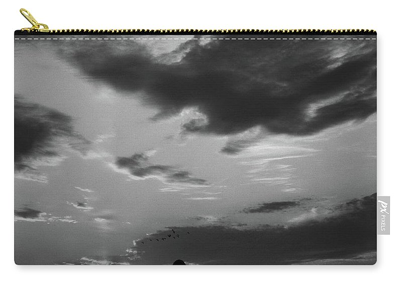 Scenic Tours Carry-all Pouch featuring the photograph A Farmer's Sunrise by Skip Willits