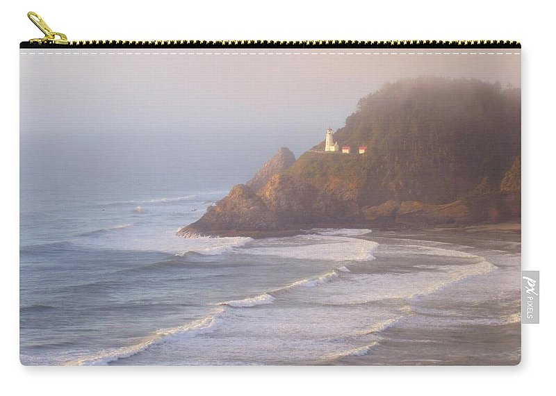 Oregon Coast Carry-all Pouch featuring the photograph A Quiet Place by Deborah Crew-Johnson
