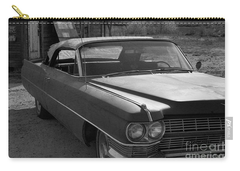 Cadillac Carry-all Pouch featuring the photograph Abandoned Classic by Richard Rizzo