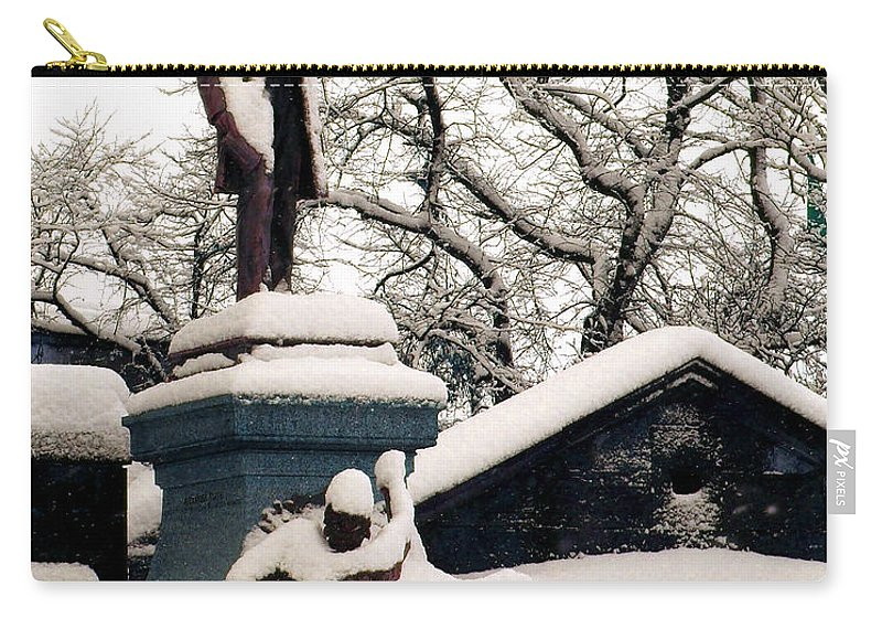Abraham Lincoln Carry-all Pouch featuring the photograph Abraham Lincoln Memorial Scotland Winter by Heather Lennox