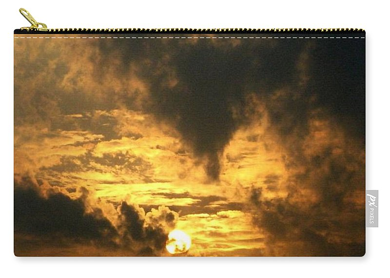 Daybreak Carry-all Pouch featuring the photograph Alter Daybreak by Rhonda Barrett