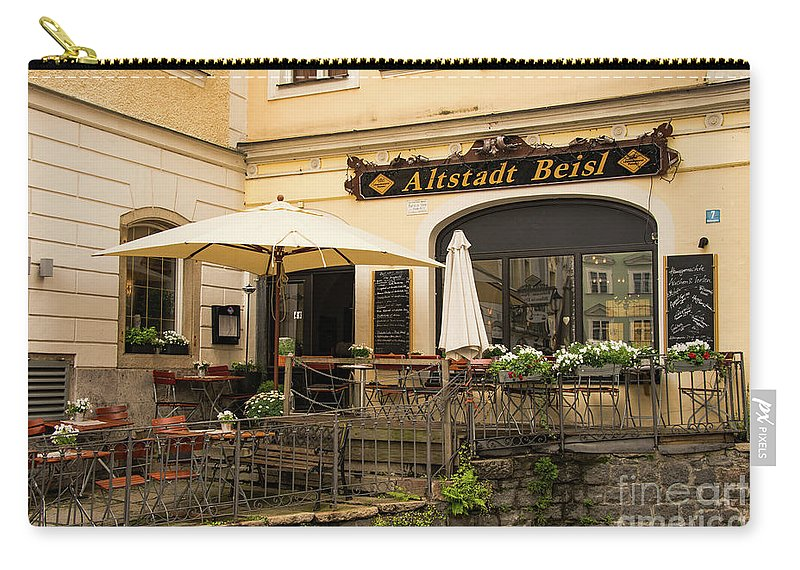 Passau Germany Building Buildings Structure Structures Architecture Eatery Eateries Altstadt Beisl Restaurant Restaurants Table Tables Chairs Chair Window Windows Umbrella Umbrellas Carry-all Pouch featuring the photograph Altstadt Beisl by Bob Phillips