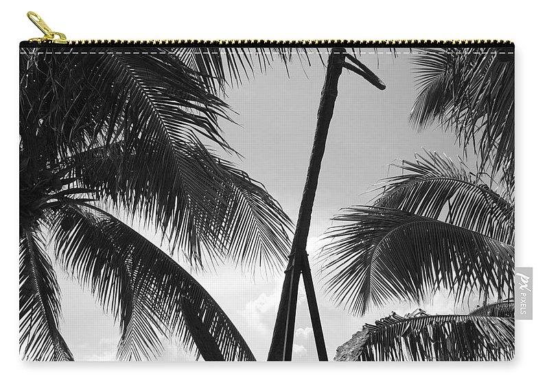 Black And White Carry-all Pouch featuring the photograph Anchor In Black And White by Rob Hans
