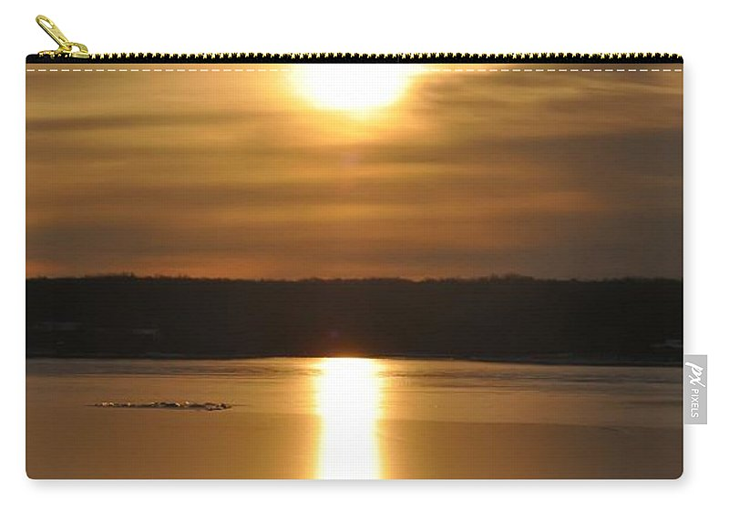 Arrowhead Carry-all Pouch featuring the photograph Arrowhead Lake Sunrise by Bill Cannon