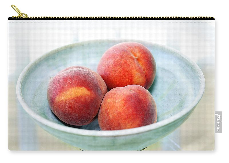 Peaches Carry-all Pouch featuring the photograph Autumn Peaches by Marilyn Hunt