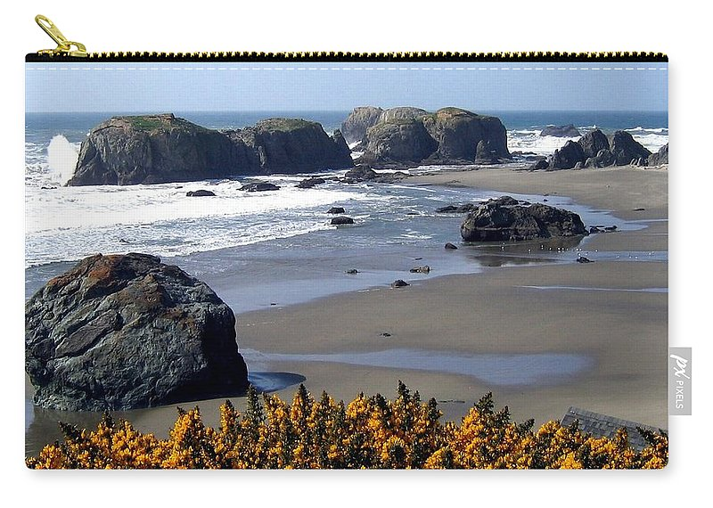 Bandon Carry-all Pouch featuring the photograph Bandon 23 by Will Borden