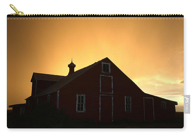 Barn Carry-all Pouch featuring the photograph Barn At Sunset by Jerry McElroy
