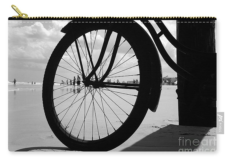 Beach Carry-all Pouch featuring the photograph Beach Bicycle by David Lee Thompson