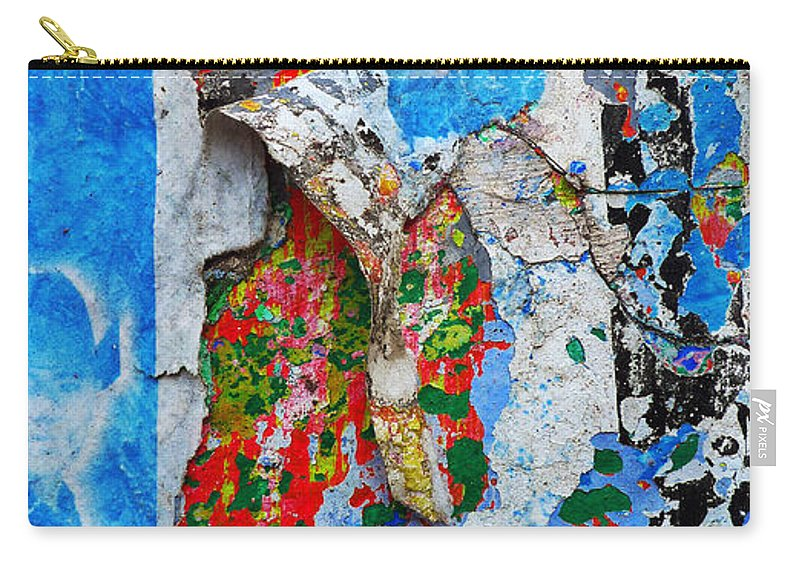 Skip Hunt Carry-all Pouch featuring the photograph Beautiful Loser by Skip Hunt