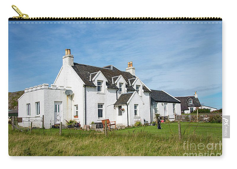 Isle Of Iona Carry-all Pouch featuring the photograph Iona Bed And Breakfast Two by Bob Phillips