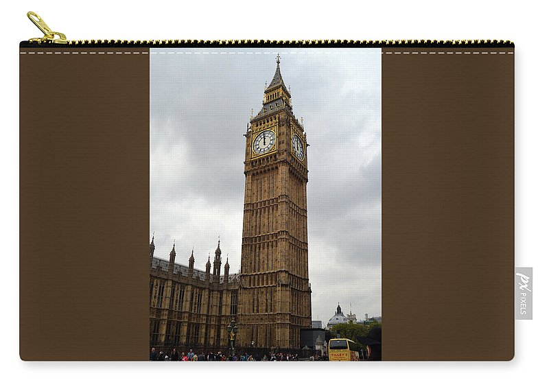 Big Ben Carry-all Pouch featuring the photograph Big Ben by Dawn Crichton
