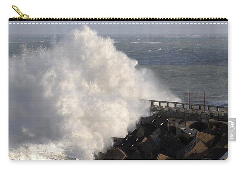 Spain Carry-all Pouch featuring the photograph Big Wave by Rafa Rivas
