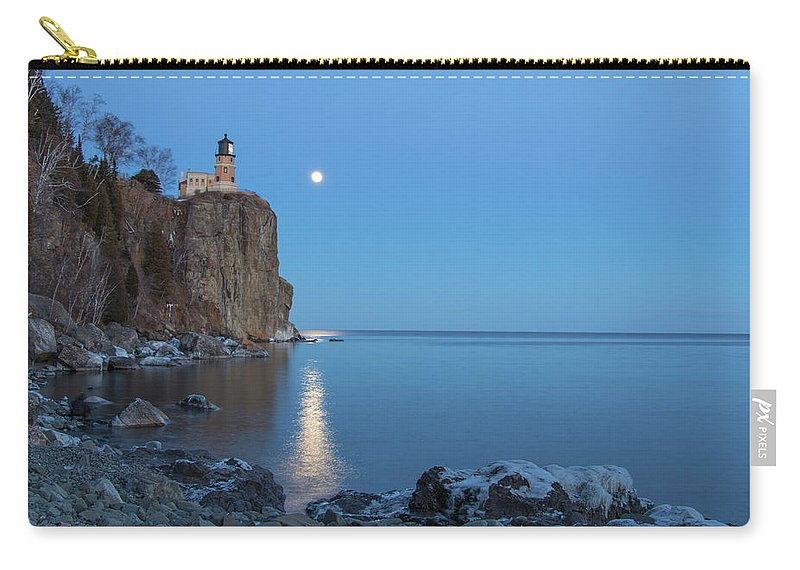 Split Rock Lighthouse Carry-all Pouch featuring the photograph Blue Moonrise At Split Rock Lighthouse by Nancy Dunivin