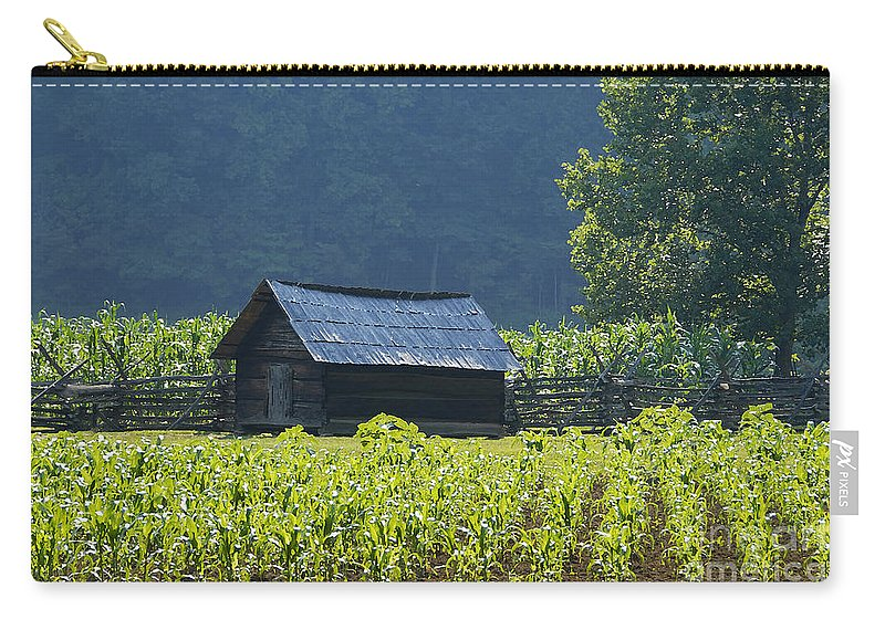 Farm Carry-all Pouch featuring the photograph Blue Mountain Farm by David Lee Thompson